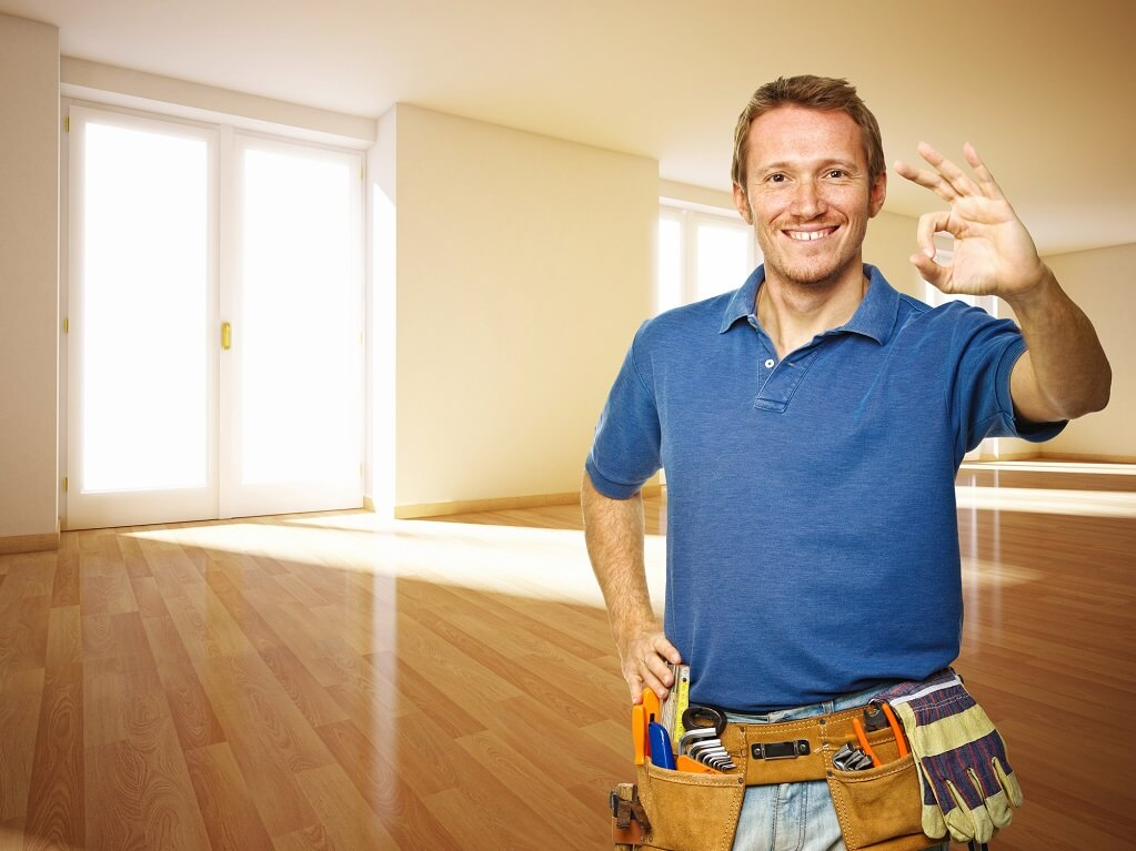 freindly-handyman-in-new-house
